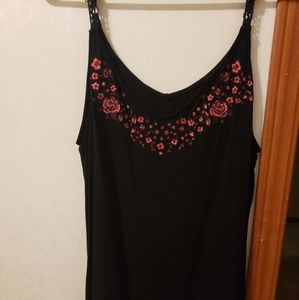 Torrid black tank top with roses size 1